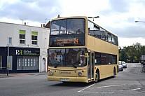 T648KPU Centrebus Grantham Kime,Folkingham Stagecoach London
