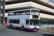 L25GAN First West Yorkshire First London London Buslines
