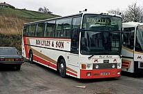 TXI8765 (B384AMH) Lyles,Batley Travellers,Hounslow