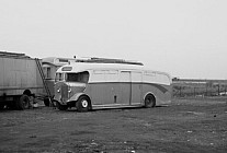 HPL336 YellowBus,Guildford